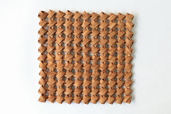 やまぶどう鍋敷き(石畳編み/二番皮)