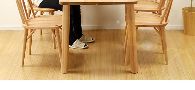 ダイニング_メープル材の質感が爽やかな木製ダイニング5点セット_板座_05