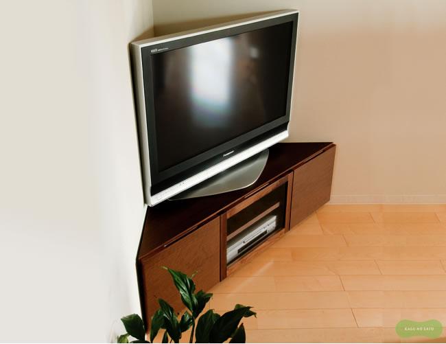 テレビ台・テレビボード_お部屋のコーナーを最大限に活用できるテレビ台_01