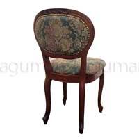 エレガンスな椅子