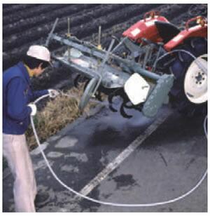 こびりついた泥・土をはじき飛ばす高圧ポンプ