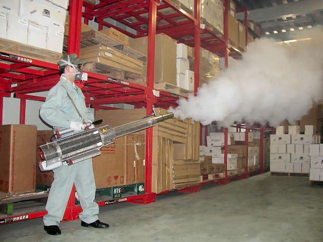業務用大型煙霧器 スイングフォッグ