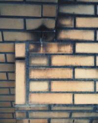 ピカソ タイル壁面に付いた 水アカ・雨じみの 洗浄・汚れ落とし