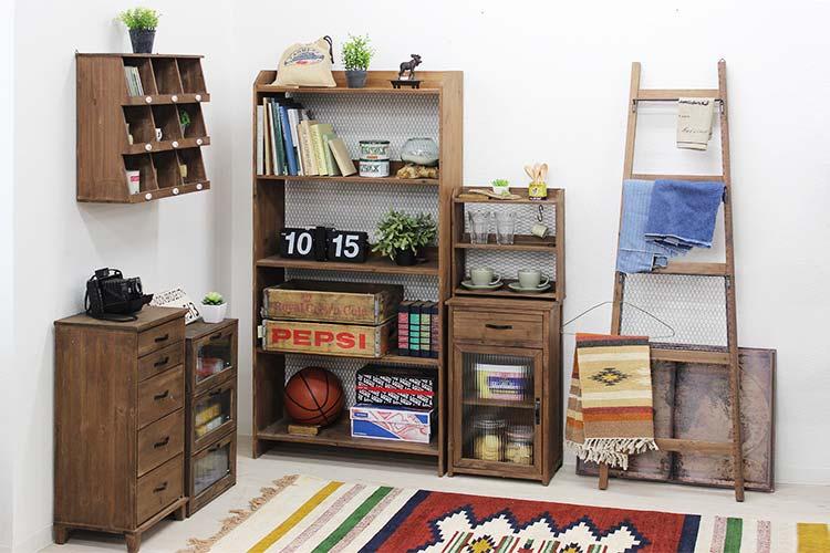 古材家具 タミアシリーズで揃えた部屋イメージ