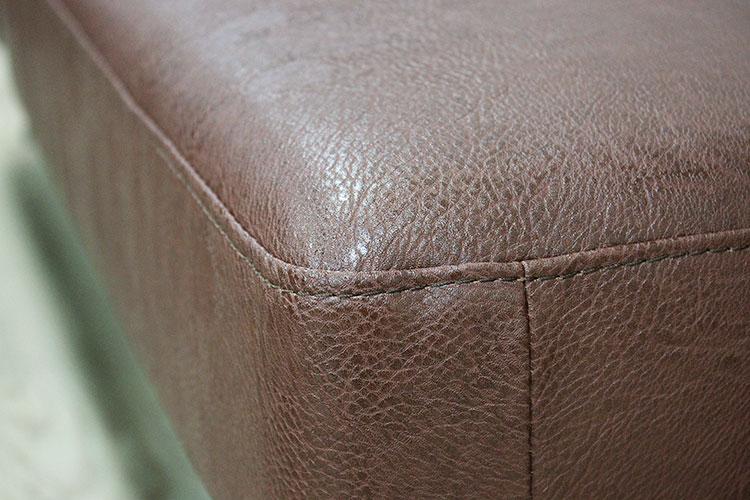 キャメルソファ ボイド 二人掛け 「ポケットコイル」を採用したこだわりの座面