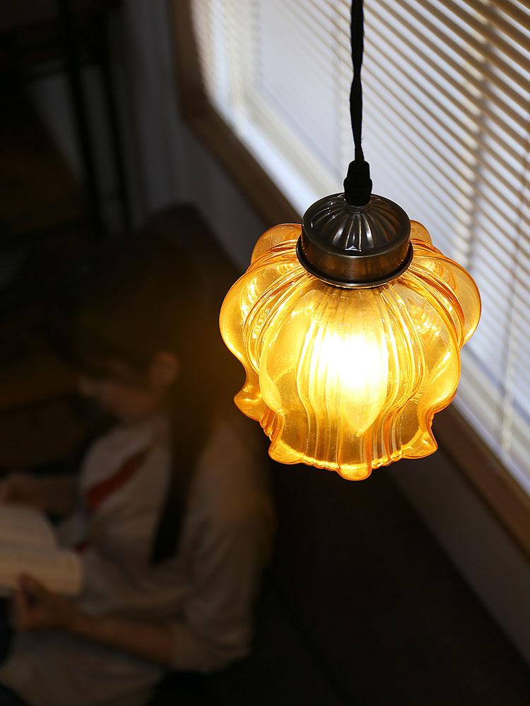 ガラス 1灯 ペンダント クローネ krone くびれのあるガラスの曲線美