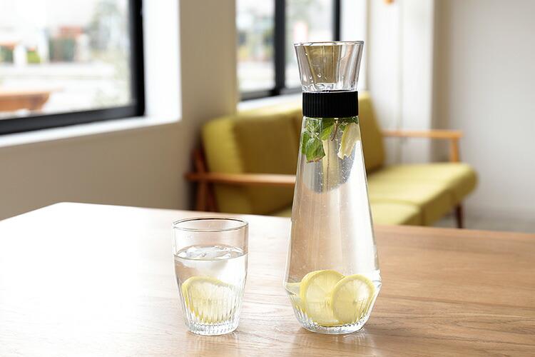 おしゃれで涼しげに見える、冷たいドリンクにぴったりなガラス製のピッチャーのおすすめを教えてください。