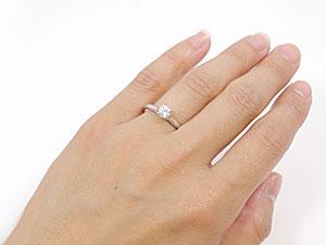大粒ダイヤモンドリング