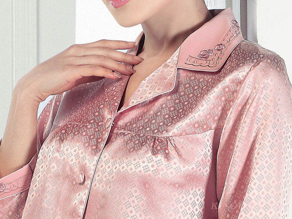 ドットジャガード シルクパジャマ ピンク