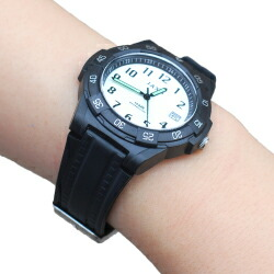 J-axis 10気圧防水腕時計 9色