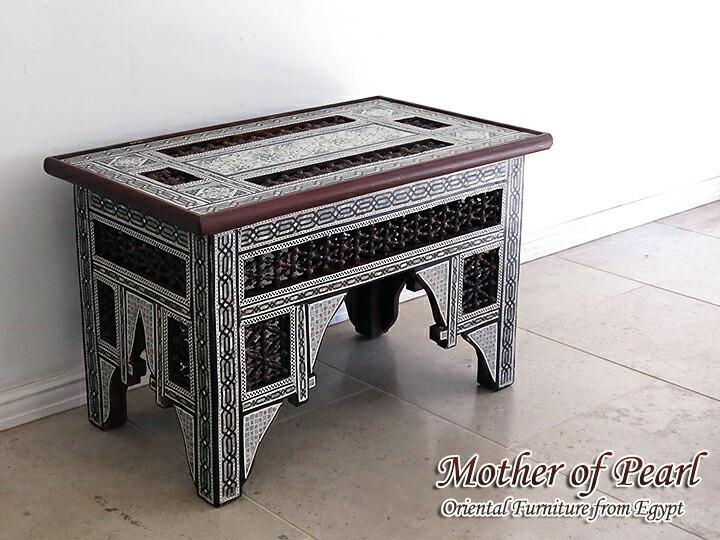 螺鈿家具 Mother of Pearl エジプト螺鈿の工芸家具 ローテーブル・マシャラビア・Mサイズ エジプト製イスラミックな幾何学デザインのテーブル<象嵌イスラム芸術・美術品・工芸品・イスラム建築・エジプト>