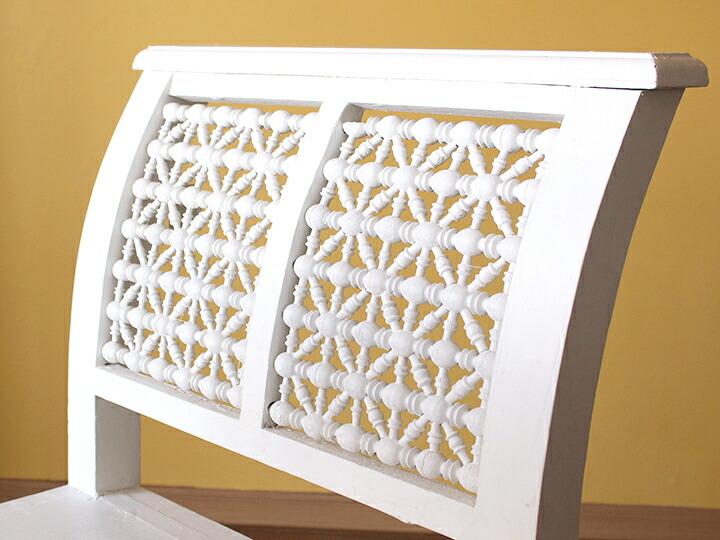 エジプトの工芸家具 アームチェア・スツール・マシャラビア・エジプト製イスラミックな幾何学デザインのアームチェア<象嵌イスラム芸術・美術品・工芸品・イスラム建築・エジプト>