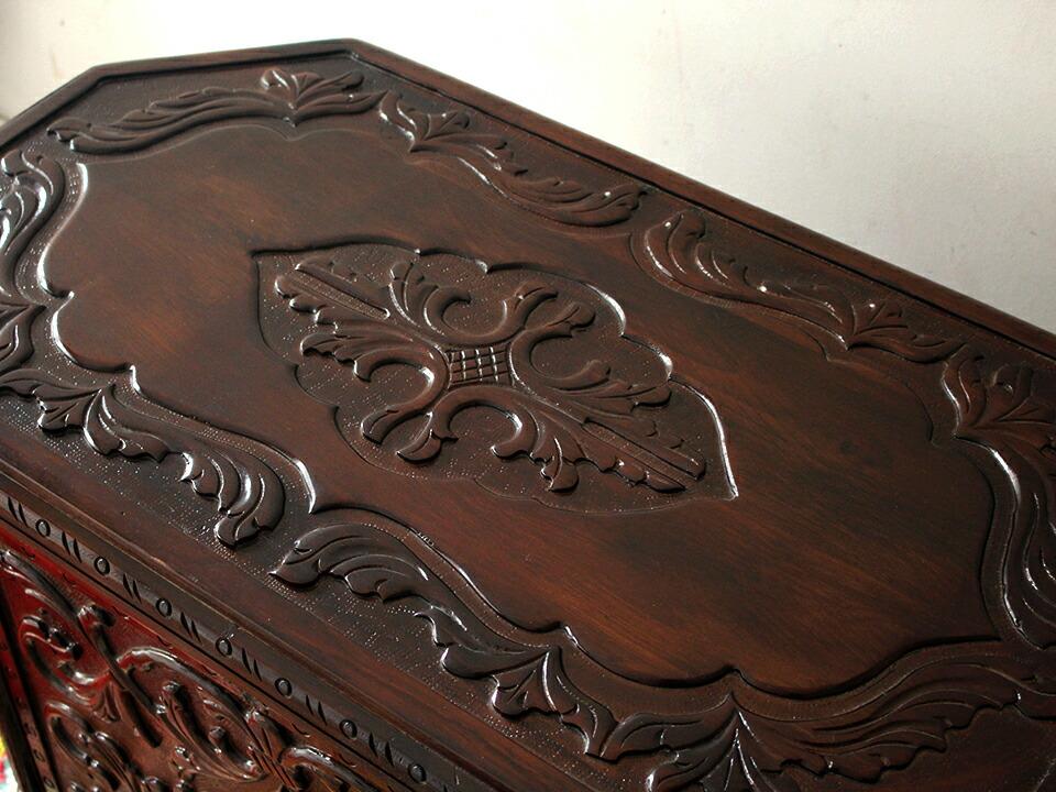 アンティークスタイル・トルコの宝箱サンドゥック・黒海地方の伝統様式 W88×H52×D48cm