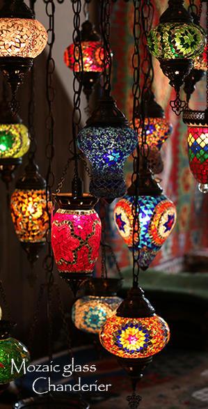 トルコのモザイクランプ