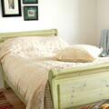 優しい手編みレースの風合いが楽しめるクロシェットのベッドカバー