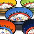 元気なカラーと花柄絵付けのトルコ陶器ボウル