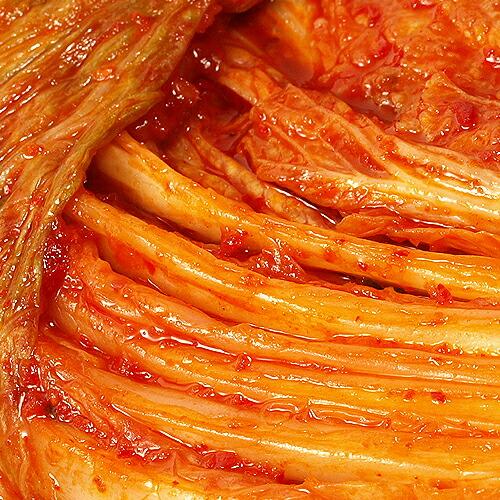 秘伝の薬念で漬け込んだ韓国産ハンウルの白菜キムチ