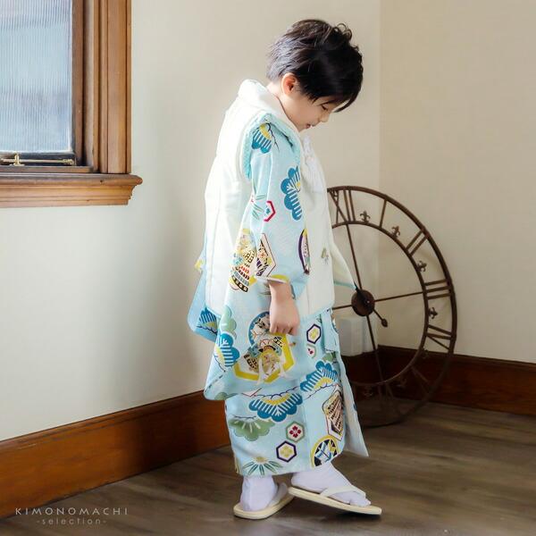 七五三 着物 3歳 男の子 ブランド被布セット 小町 「兜に武具 KKB-14」 三歳男児被布セット 子供着物 三才のお祝い着 3才向け 【送料無料】【メール便不可】