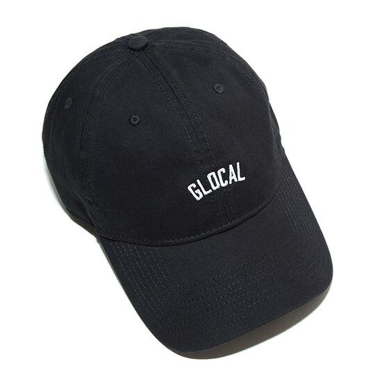 GLOCALの刺繍が入ったニューエラキャップ