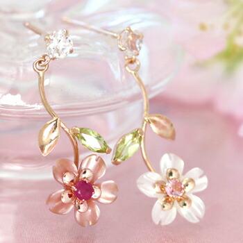 ルビーの桜ピアス