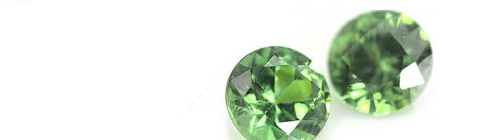 スミレブーケエタニティに使用している宝石「グリーンガーネット」の画像