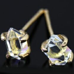 4月誕生石 ダイヤモンドピアス