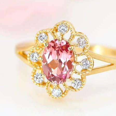 マラヤガーネットとダイヤモンドのフラワーリング(指輪)
