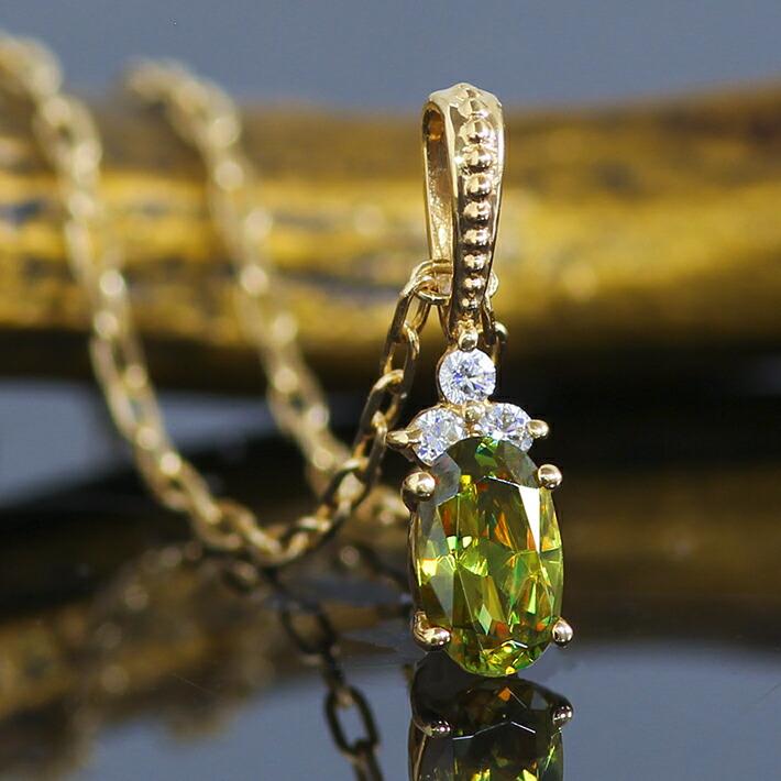 パキスタン産クロムスフェーン大粒オーバルカットの18金ネックレス