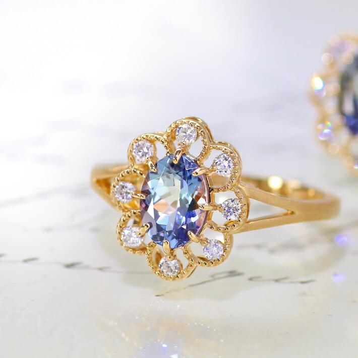 タンザナイトとダイヤモンドの18金ネックレストップ