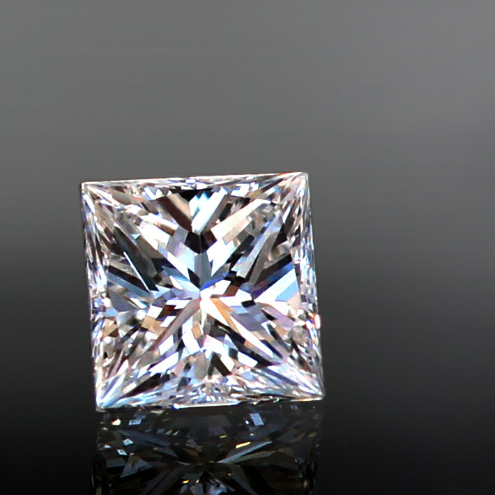 ダイヤモンドの一粒のルース画像