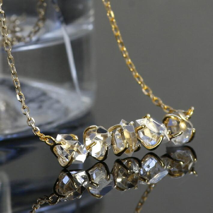 ハーキマークオーツ原石の18kゴールドネックレス