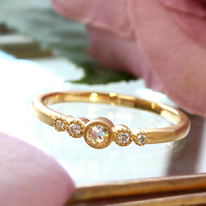 ローズカットダイヤモンドの18金リング