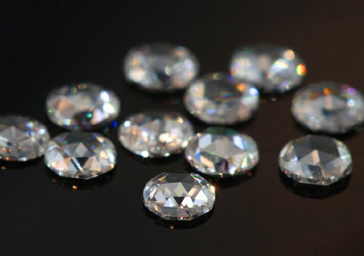 ローズカットダイヤモンドの18金リングのデザイン
