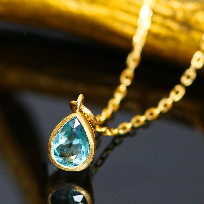 グランディディエライトとテーパーカットダイヤモンドのK18ネックレス