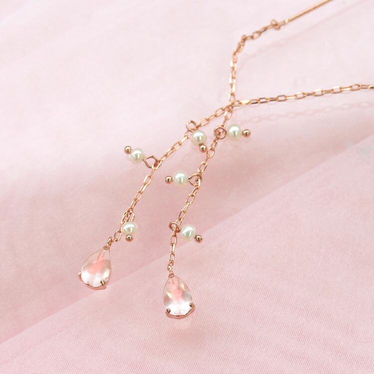 桜モチーフのパールピアス
