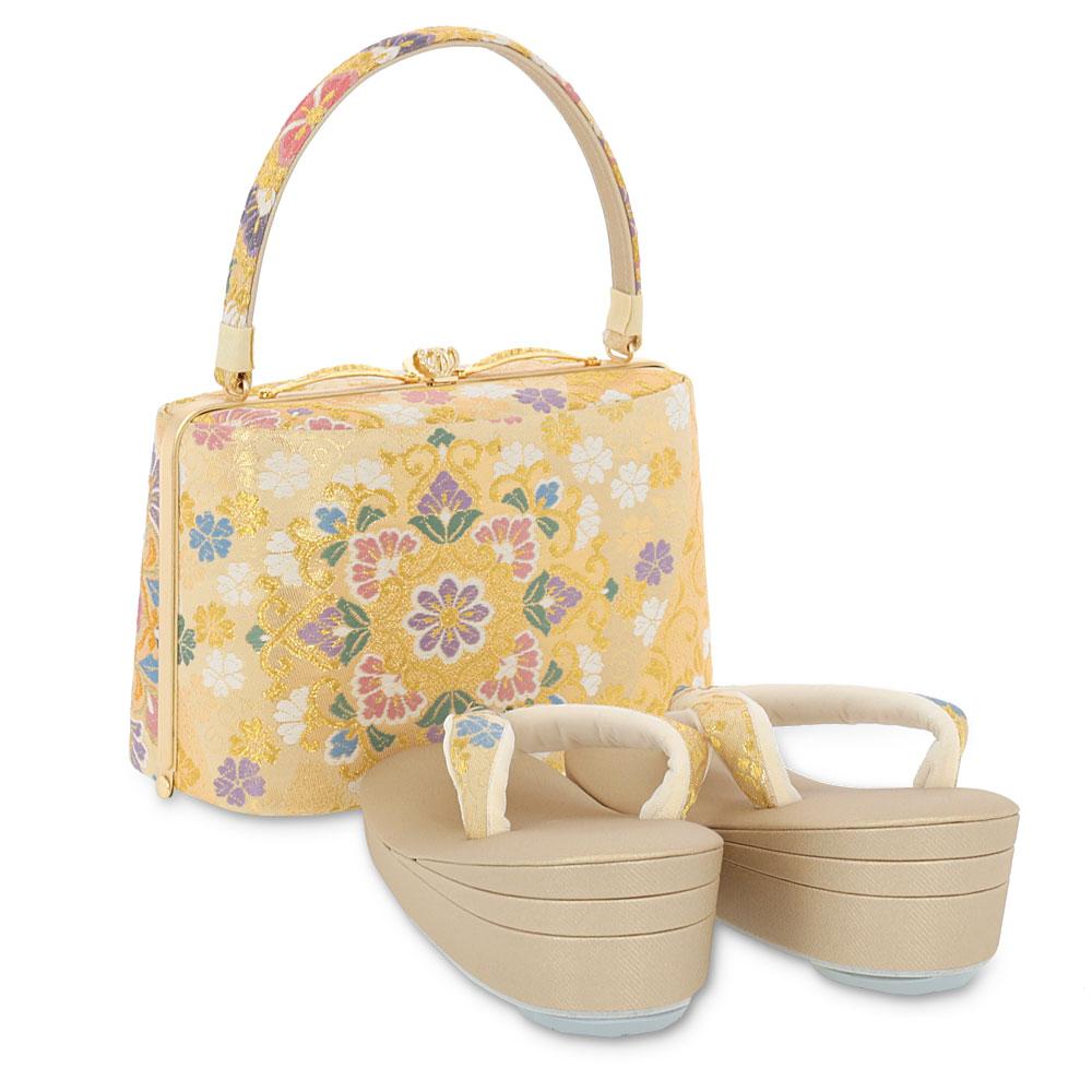 水や汚れに強い紗織の礼装用草履バッグセット