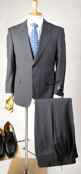 スーツの福袋