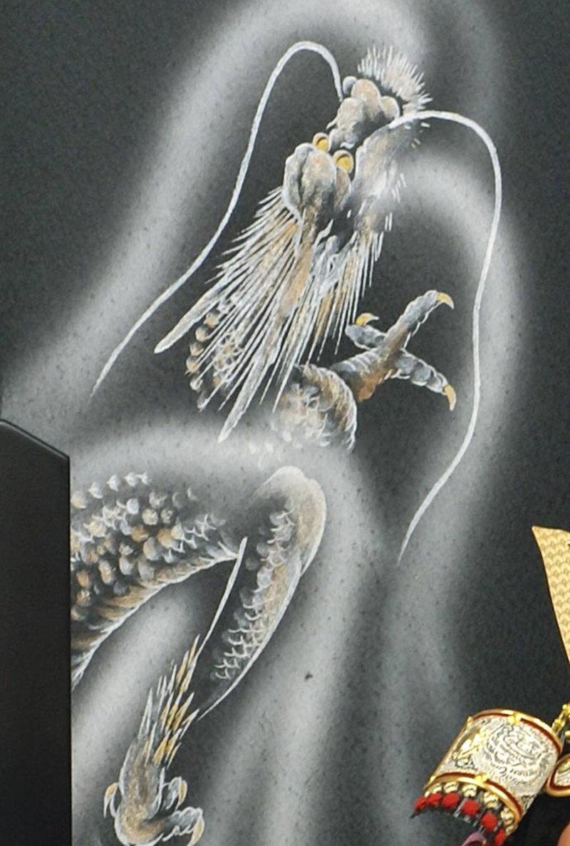 五月人形 五月節句飾り 平飾り 武者人形 子供大将 (鎧姿) 人形工房天祥オリジナル 五月人形・健ちゃんシリーズ 「健 (鎧着・萌黄)」 (正絹糸縅仕立)画像11