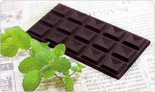 とろけるチョコミント生大福イメージ2