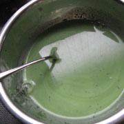 米粉の菱餅ゼリー 緑のゼリー液を作る