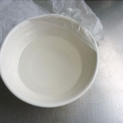 上新粉で作るヨモギ餅 手水用の蜜を作る