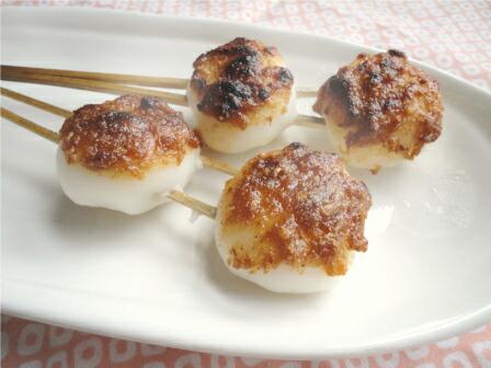 上新粉で作る味噌団子