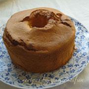 製菓製パン用米粉で作るプレーンシフォンケーキ 型から外す