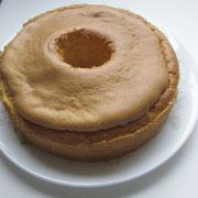 ハロウィン かぼちゃと米粉のシフォンケーキ 冷ます