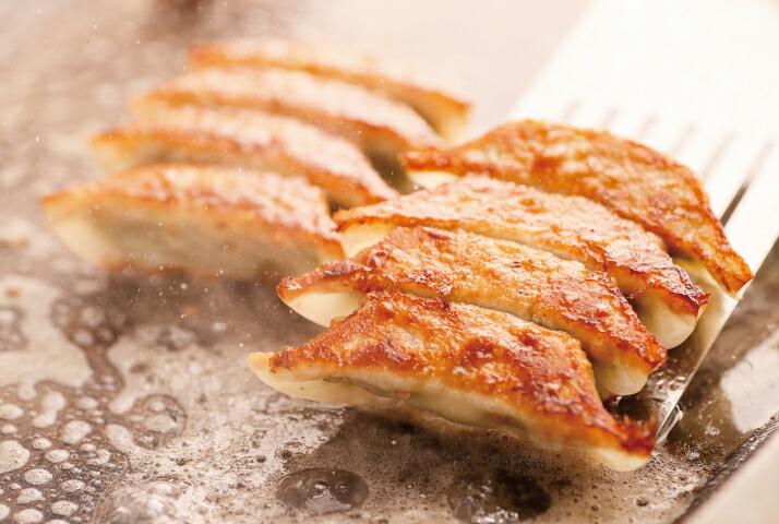 3分でパリッとジューシーな餃子が召し上がれます。