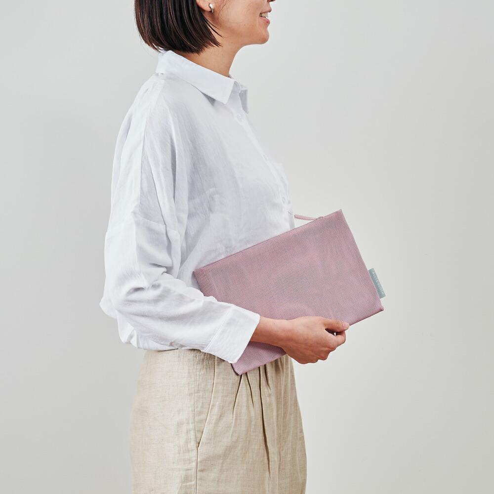 アルテクロス ALLTE CLOTH pouch ポーチ フラット クラッチバッグ メッシュ 軽い 小物入れ