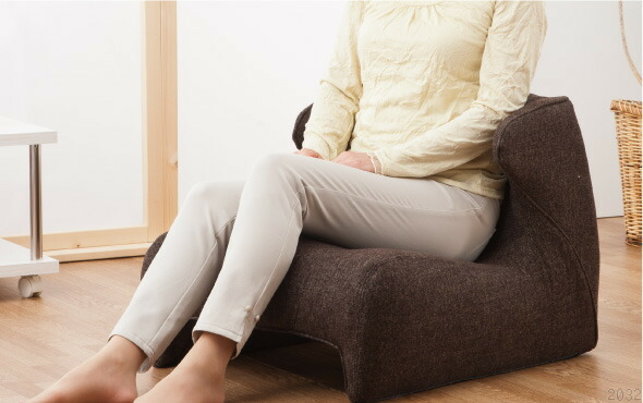 リビング使用図 腰楽座椅子、Comfor Seat コンフォシート。