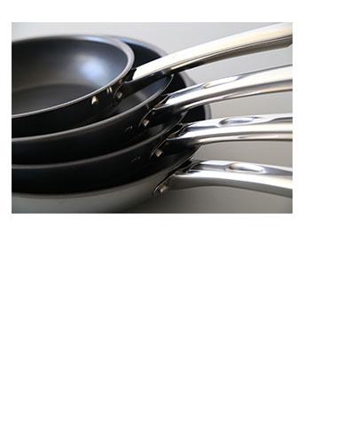 マイヤースターシェフ2のグリルプレスでグリル野菜最高。短時間で美しい焼き目ができます。