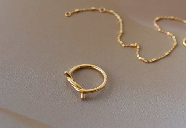 ENAMEL Knot Ring