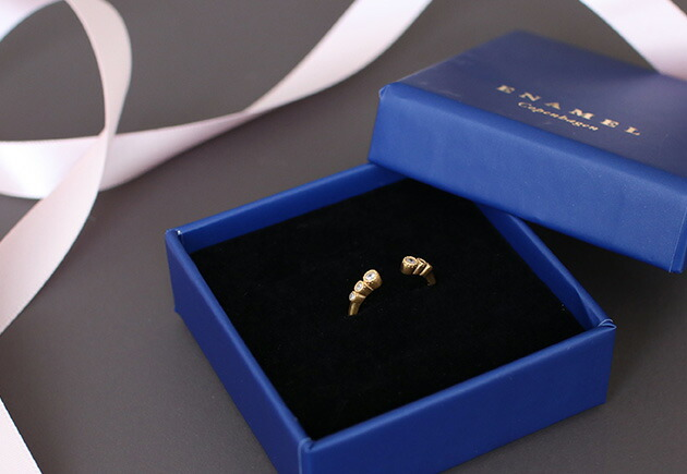 ENAMEL Romance Ring